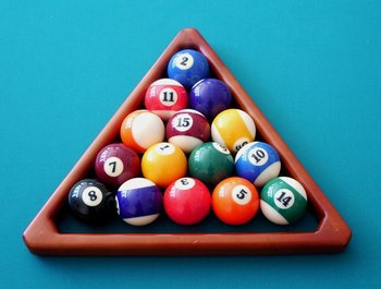 Playing Free Online Pool Billiards Games Today